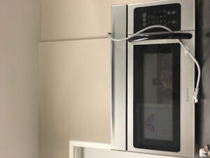 Matching Frigidaire Microwave and dishwasher