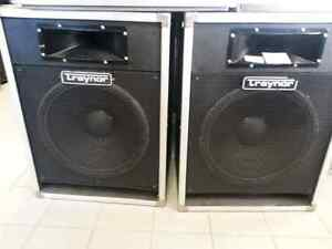 Traynor DJ SPEAKERS pair .WE sell used electronics. Get a Deal!