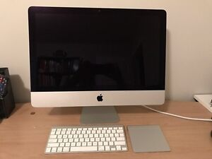 "Apple iMac 21.5"" mid 2014 1.4GHz intel core i5 mint condition"