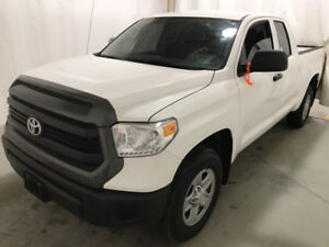 2017 Toyota tundra SR 4x4 LOW KMS! Financing Available!