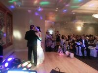 TOP WEDDING DJ: THE PROFESSIONAL DJ CHOICE FOR YOUR SPECIAL DAY!
