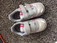 2 pairs if girls shoes - free