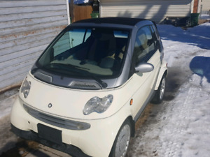 White Turbo Diesel Smart Fortwo CDI convertable