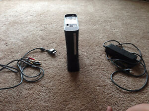 Xbox 360 no hard drive (has cables)