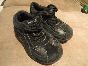 Black shoes toddler size 8