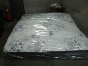 Brand New King SIMMONS BEAUTYREST Mattresses & Delivery