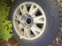 Winter tire for sale like new 205/70r15