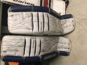 Vaughn 36+2 goalie pad with Brian's Senior Gloves
