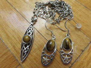 925 Sterling Silver Vintage Necklace Pendant Earrings Chain Set