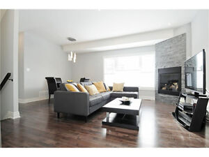 Modern Open Concept Executive Townhouse 10 Mins From Downtown!