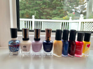 Nail Polish - Sally Hansen - Various Colours
