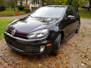 2011 Volkswagen GTI 2 door Hatchback low klms