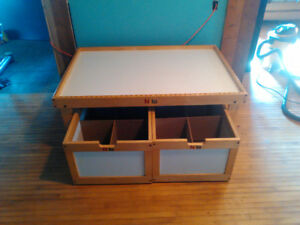 Nilo kids toy table with drawers