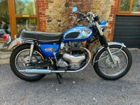 Kawasaki W2SS 650cc Twin Carb 1970 Restored Show Winner