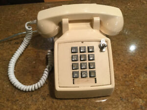 Vintage Northern Telecom Touchtone telephone - not fully working