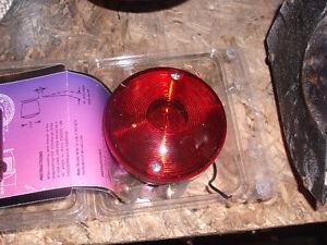 trailer light        lumiere de remorque