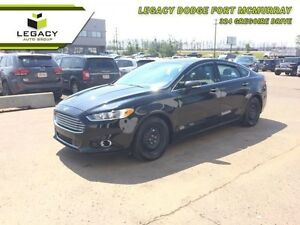 2014 Ford Fusion Titanium  - Leather Seats -  Bluetooth -  Heate