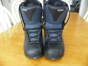 51/50 Snowboarder Boots