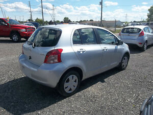 2007 Toyota Yaris LE 5 door Hatchback! MINT!!