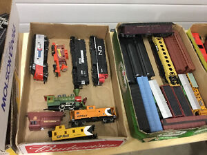Lot of HO scale trains & buildings