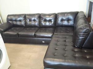 *** USED *** ASHLEY ALLISTON SECTIONAL   S/N:51191906   #STORE524