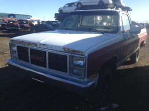 1983 GMC 1500 4x4 reg cab long box