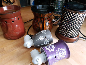 Scentsy warmers!