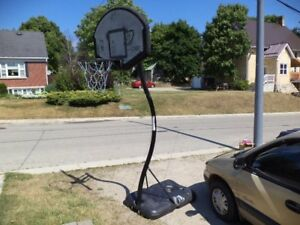 portable basketball system, height is ajustable