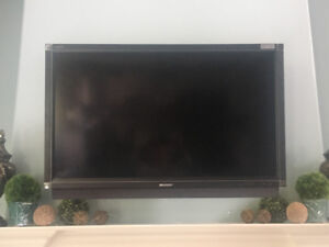 46 inch Sharp AQUOS TV with swivel Wall Mount