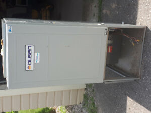 Working Used GAS FURNACE. Perfect for garage, shop, or cottage.