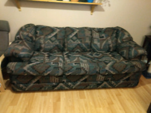 Couch (smoke free home)
