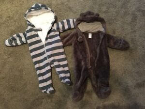 3-6 months,Fall/Winter Sleepers,Toque, excellent condition!