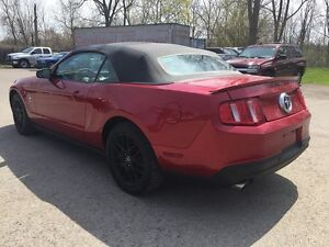 2012 FORD MUSTANG RWD * POWER GROUP * LOW KM * MANUAL * London Ontario image 4
