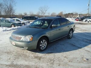 2007 FORD FIVE HUNDRED SEL AWD 4DR $2995 PLUS THE HST