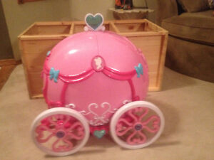 Princess Toy Carriage Doll Set