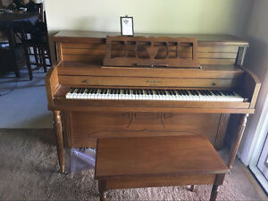 PIANO For only 280 dollars! High quality