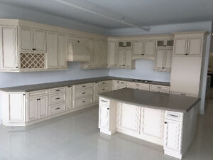 solid wood kitchen & bath cabinets