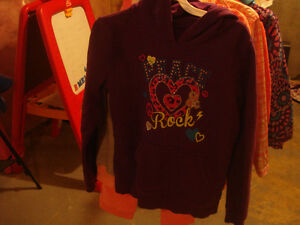 Girls clothes London Ontario image 7