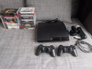 PS3 Slim 320GB + 2 manettes + Playstation Move/Eye + 25 Jeux