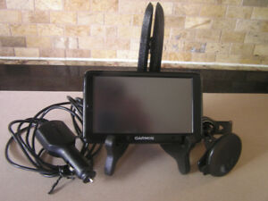 "Garmin Nuvi 2555LM 5"" GPS Navigation System Like New"