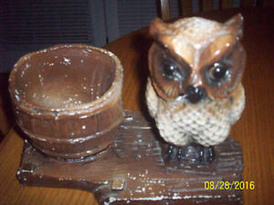 Old China-Type Glass--- OWL  with  PLANTER - ORNAMENT