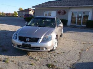 2005 Nissan Altima $2,500 Certified Kitchener / Waterloo Kitchener Area image 2