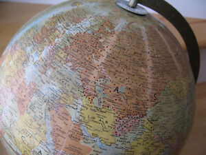 70s Canadian Army Globe from Camp Aldershot w RED DOTS over USSR