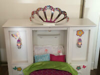 AMERICAN GIRL DOLL BED - DRESSER -WARDROBE (AUTHENTIC)