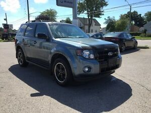 2012 Ford Escape XLT***Leather,AWD,Sunroof*** London Ontario image 3