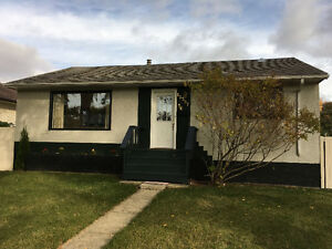 Immediate Occupancy in this Beautiful, N/E Fully Renovated Home Edmonton Edmonton Area image 1