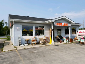 COMMERCIAL BUILDING AVAILABLE FOR RENT