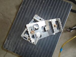 SKI DOO PARTS R/T CHASSIS (Mach Z 1000)