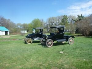 UNRESERVED AUCTION - CLASSIC & ANTIQUE CARS - DRAKE, SK