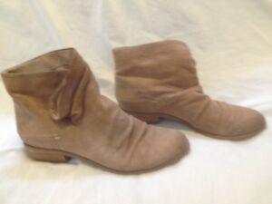 Ladies 'Fergie' Tan Nubuck Leather Ankle Boots 10/10.5M